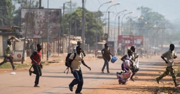 CENTRAFRIQUE : ALORS QUE DE NOMBREUSES PERSONNES « ONT SOIF DE PROCÈS », CERTAINS CHEFS DE GUERRE SONT TOUJOURS EN LIBERTÉ