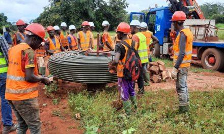 Centrafrique : Les travaux de fibre optique avancent à grand pas