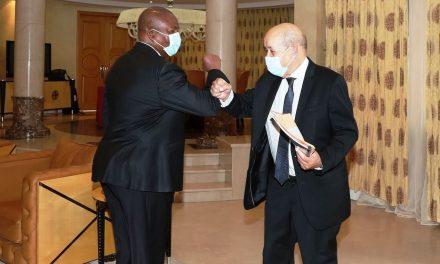 Centrafrique : Ce que Faustin Archange Touadera et Jean-Yves Le Drian auraient dit à Brazzaville