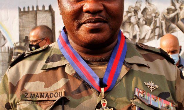 Faux, le chef d'Etat-Major des armées Zéphirin Mamadou n'est pas en fuite