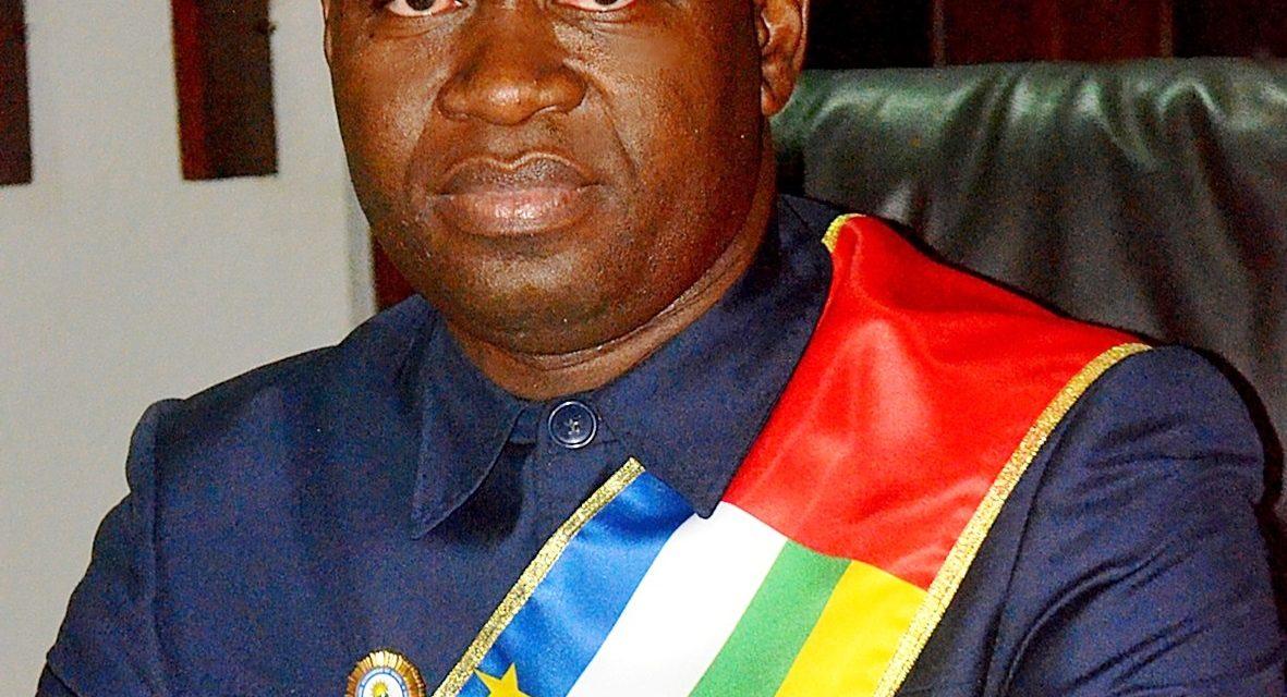 Centrafrique : Le conseiller économique Clément de Mboutet-M'Bamba écrit au président Touadera