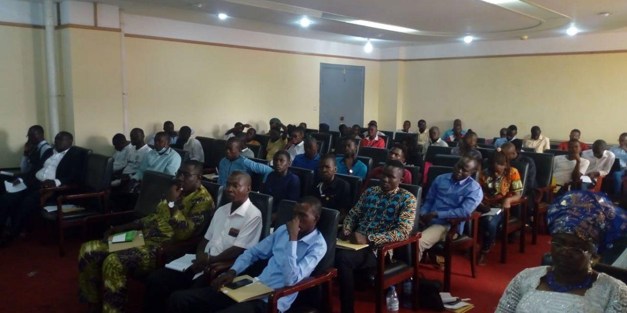 Centrafrique : Le HCC mobilise des jeunes autours de la lutte contre les discours de haine sur les réseaux sociaux