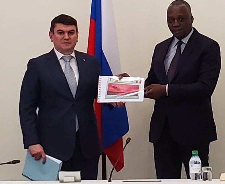 Le ministre Pascal Bida Koyagbélé en Russie pour négocier  le financement de grands travaux
