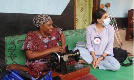 Le CICR soutient les personnes à mobilité réduite à Bambari