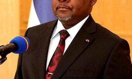Centrafrique: La démission du gouvernement Firmin Ngrebada et ses enjeux