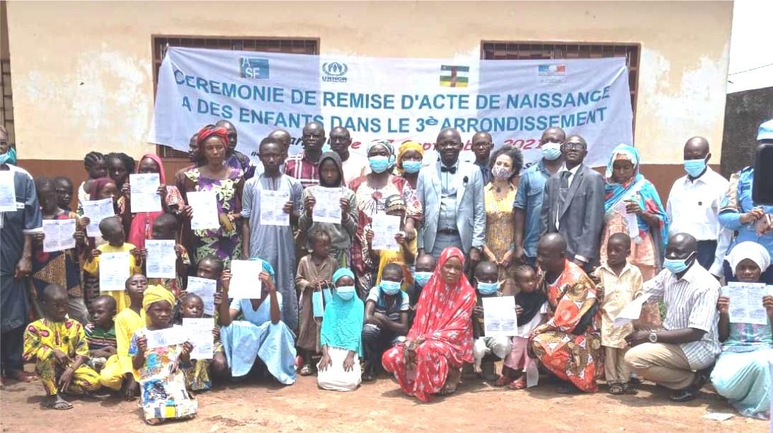 Centrafrique : Des enfants du 3ème arr bénéficient des actes de naissance